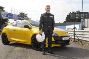 megane rs trophy nurburgring record
