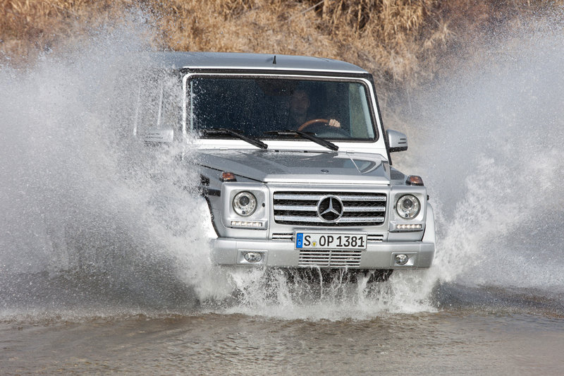 2012 Mercedes GClass official pictures and specs