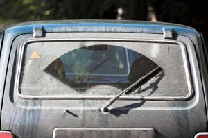 windscreen wipers replacing