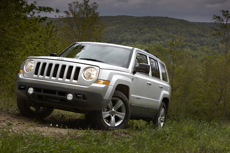 Jeep sells renewed Patriot in mid-November. The new model replaces the